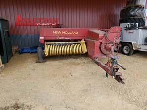 USED NEW HOLLAND 315 SMALL SQUARE BALER   BA4633