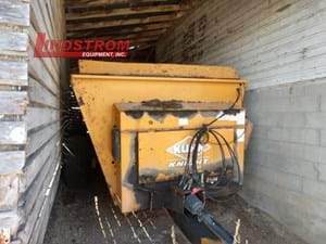 USED KUHN KNIGHT 8124 MANURE SPREADER  SP4412