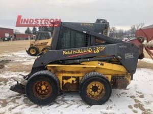 USED 2002 NEW HOLLAND LS180 SKID STEER   SS5417