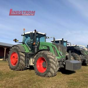 USED 2015 FENDT 933 TRACTOR  TR4577